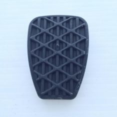 Unimog brake and clutch pedal pad