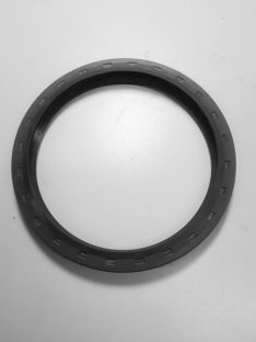 FRONT AXLE OUTER HUB SEAL W463